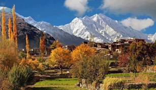 4 reasons to see the charming Pakistan Right Now!
