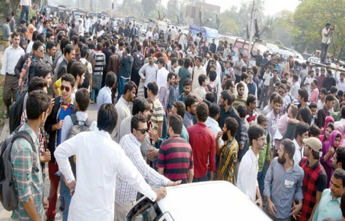 "PU Law students protested against ""incorrect"" marking of papers"
