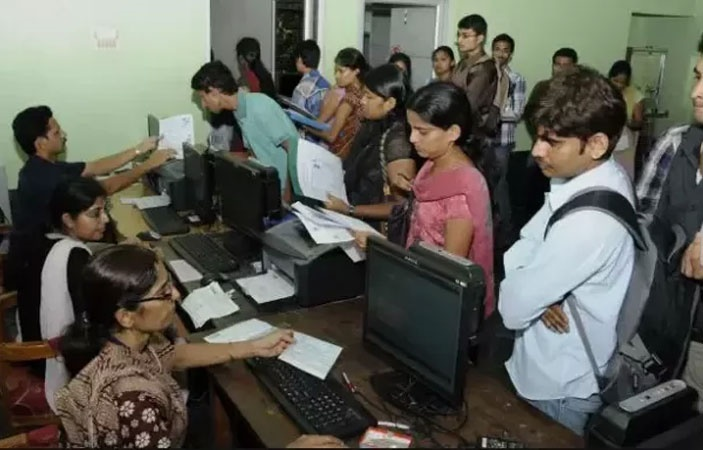 Despite Government Notification students being charged Admission Fee