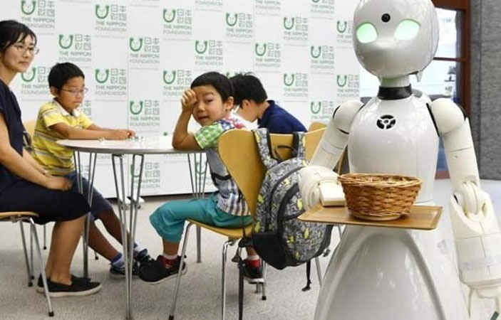 Japanese Cafe Uses Robots to Create Jobs for Disabled People