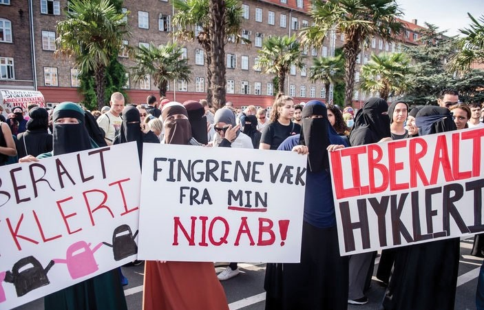 Severe Protest in Denmark on Banning Hijab