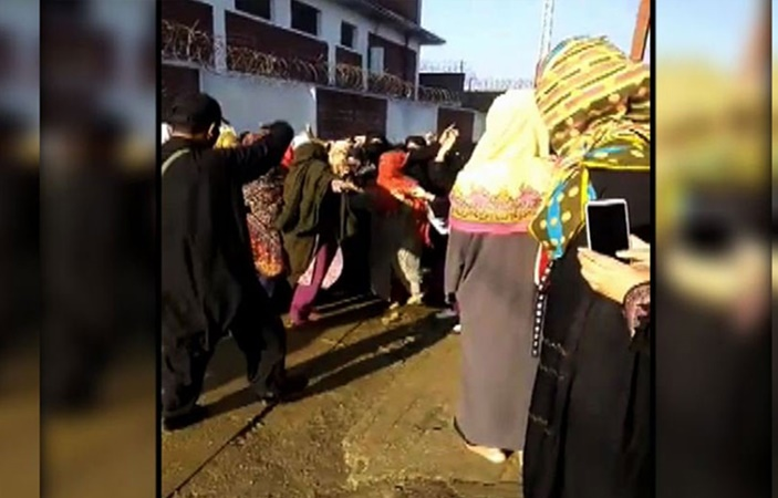 Swabi University staff forcefully remove Scarves of female students for Protesting on Campus
