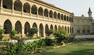 11 SMIU female students flies to China