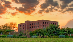 LUMS among Top 50 in Asia 2018 Qs Graduate Employability Rankings