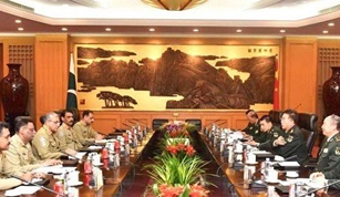 COAS Qamar Bajwa Meets Chinese Army Chief to Discuss Regional Security
