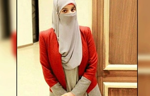Private school barred a Niqab Wearing student girl from entering